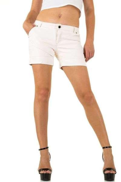 Roupa Shorts em pele