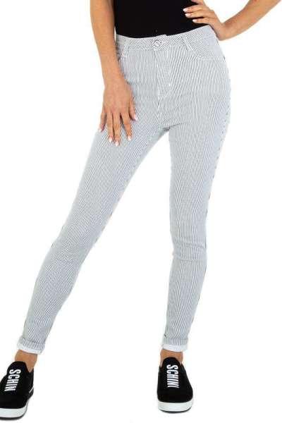 Roupa Jeans às riscas