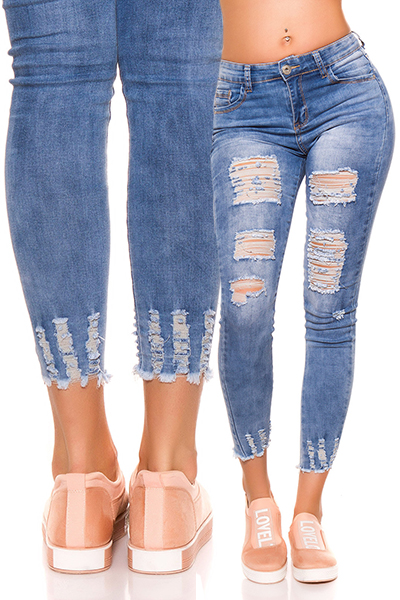 Roupa Jeans rasgadas